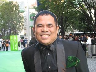 ガリン・ヌグロホ監督